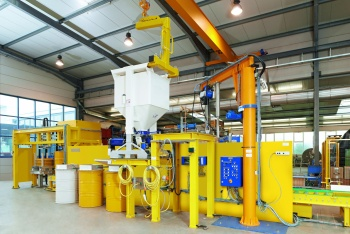 Cementing unit for radioactive waste
